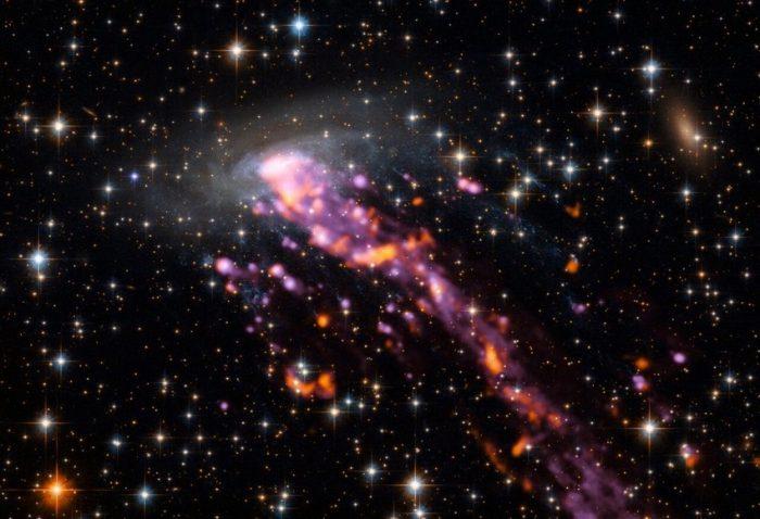 Berbagai Galaksi Teraneh di Alam Semesta